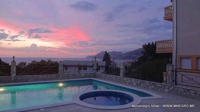 Villa_in_MONTENEGRO