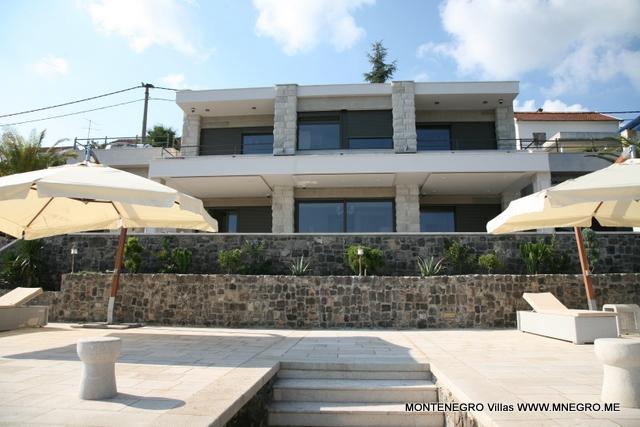 montenegro_villa_TIVAT