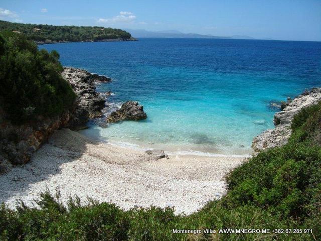 lagadaki-beach
