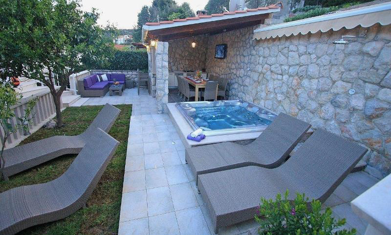 Granite Places Near Me : CRO126 Adriatic Holiday Stone Villa near Dubrovnik MONTENEGRO Villas ...
