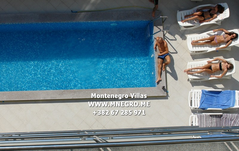Budva-apartment-with-pool