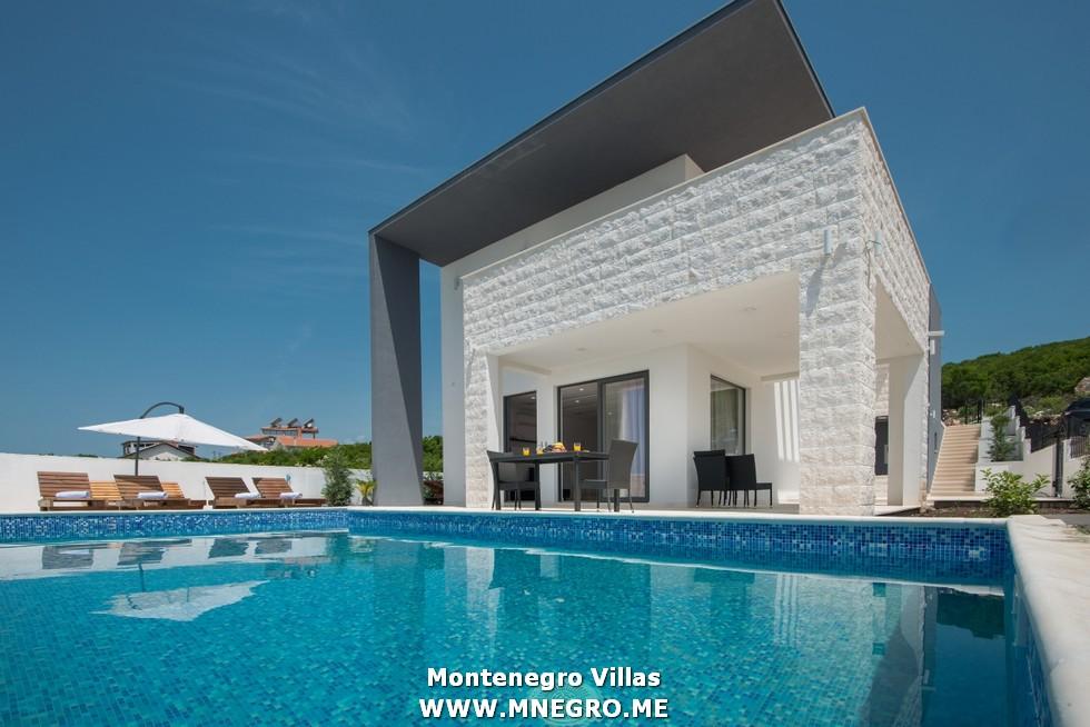URLAUB-MONTENEGRO-villa_00001