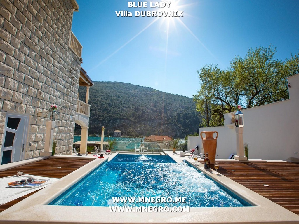 DUBROVNIK BLUE LADY Seaside Villa with Pooland Built in Jacuzzi in Dubrovnik Area